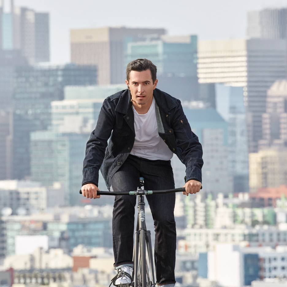 levi-commuter-x-jacquard-google-jacket-interactive-denim-wearable-technology-touch-sensitive_dezeen_sq1